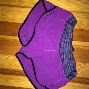 lulu shorts size 4- like new